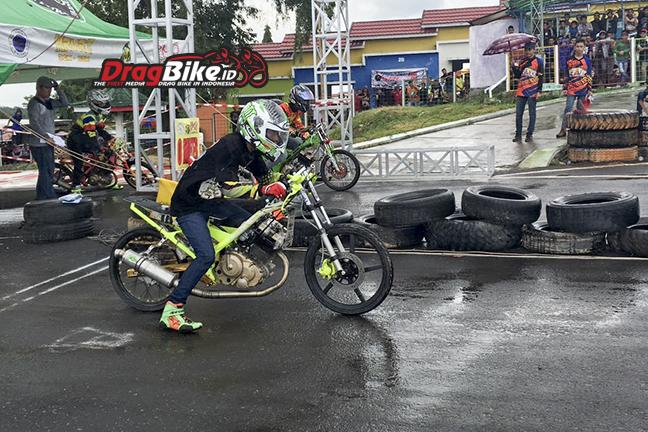 Satria Fu 200 Karya Murid Conk Speed Raih Podium 1 Drag Bike Sirkuit