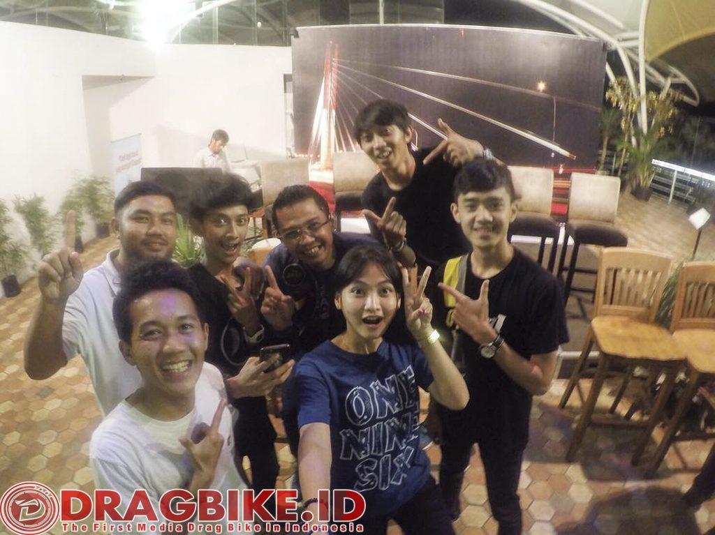 Asep Robot, Riano Karim, Wiwi Mungil, Boy Wiliam, F.Pendhol dan Rian Konyeh perwakilan Drag Bike JABAR dukung RTP ke 1